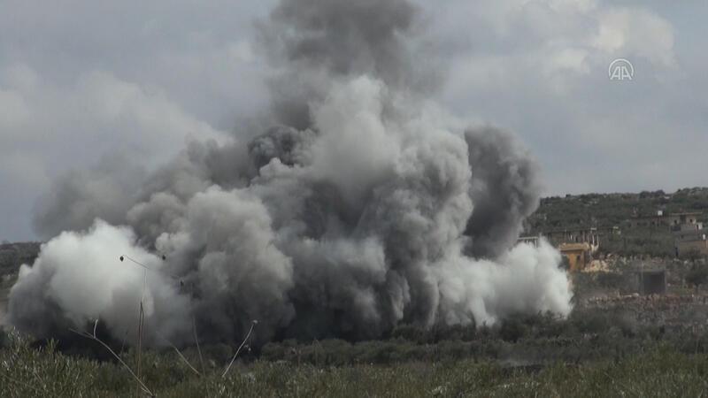 Rus savaş uçaklarından, İdlib'e hava saldırısı