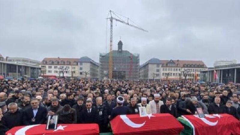 Almanya'daki ırkçı saldırının kurbanları için cenaze töreni