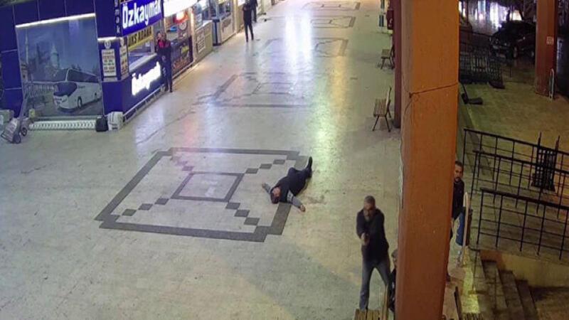 Adana'da otogarda dehşet anları kamerada