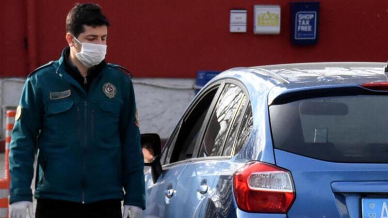 Avrupa'ya açılan sınır kapılarında 'corona virüs' önlemi