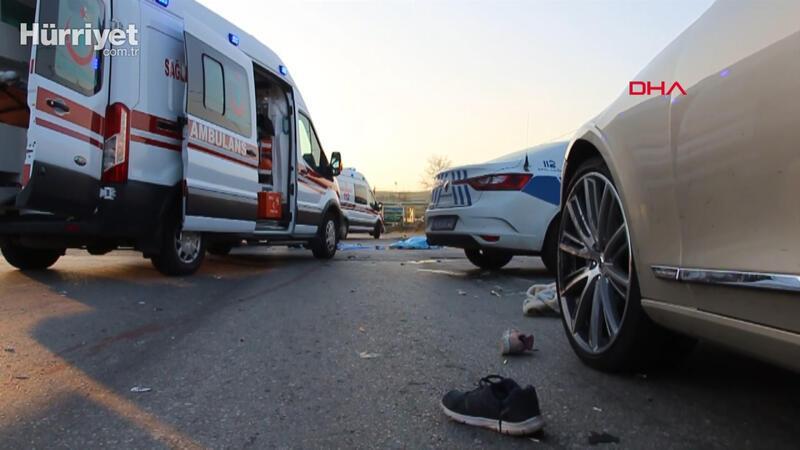 Motosiklet ile otomobil çarpıştı: Karı-koca öldü, 2 çocuğu yarandı