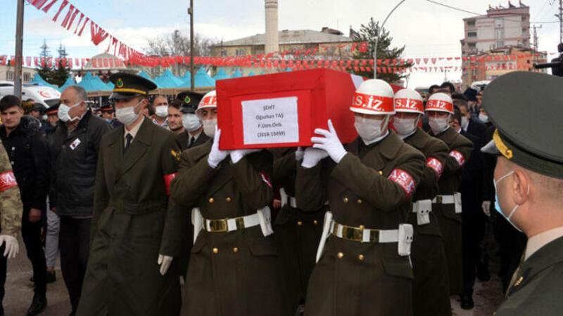 Şehidin cenazesinde 'Corona Virüsü' tedbiri