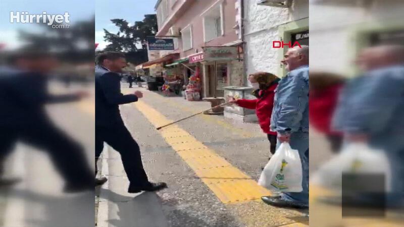'Evine git' belediye başkanına bastonlu karşılık