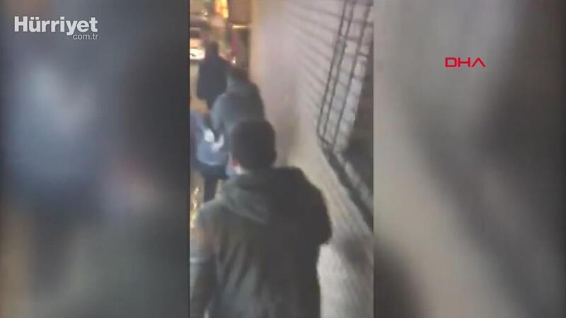 Gaziosmanpaşa'da kaçırılan şüphelinin yakalanma anı kamerada