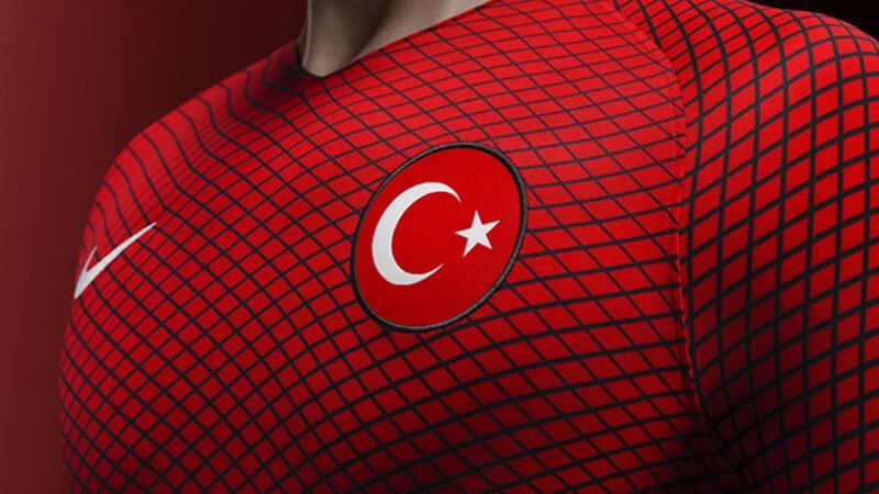 Türkiye tarihinin en iyi 10 savunmacısını seçiyoruz