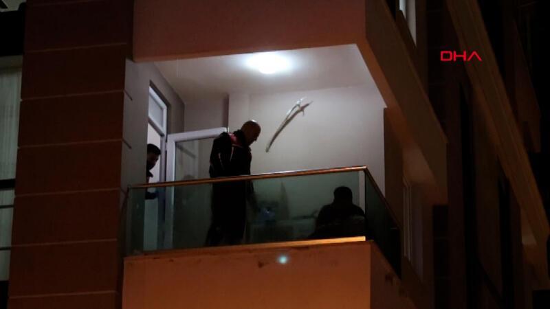 İşitme engelli adam balkona çıkıp kendine zarar verdi
