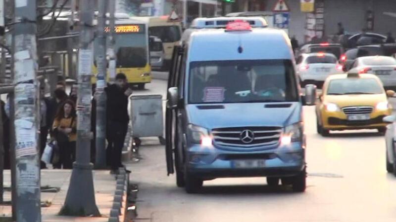 Esenyurt'ta yüzde 50 denetimi... Fazla yolcu alan minibüs sürücülerine ceza kesildi