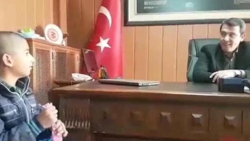 Karayazılı Devran, kumbarasındaki 29 lirayı bağışladı