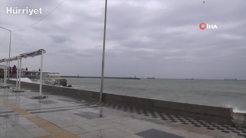 Tekirdağ'da şiddetli rüzgar etkili oldu