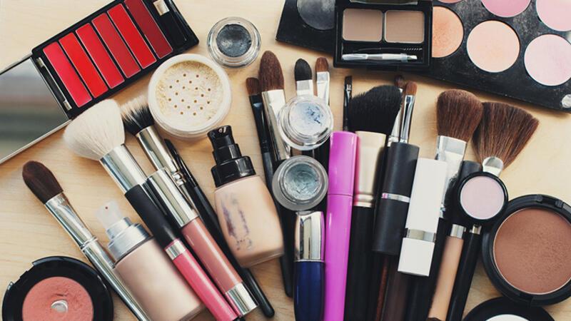 Makyaj artistlerinin kullandığı en iyi 10 ürün hangisi?