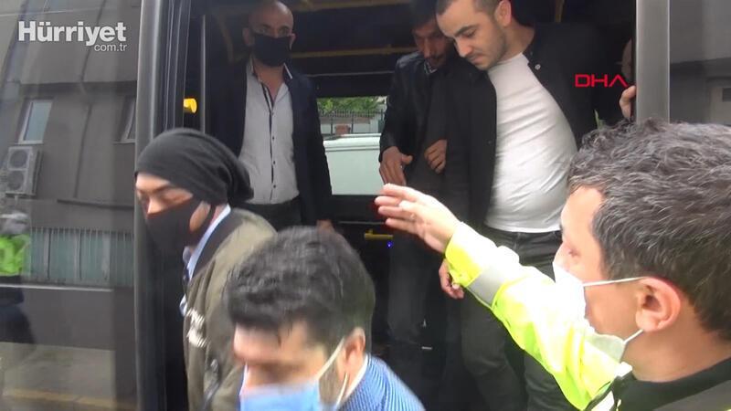 Esenyurt'ta 2'nci kez durdurulan minibüsten 32 yolcu çıktı