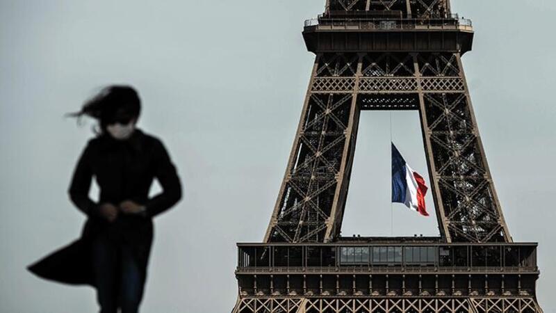 Fransa'da son 24 saatte 351 ölüm
