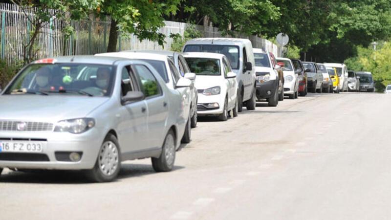 Bursa'da sokağa çıkma yasağı öncesinde akın ettiler