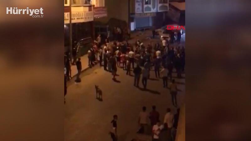 Arnavutköy'de taciz iddiası sonrası çıkan kavga kamerada