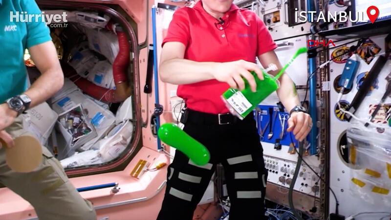 Astronotlar uzayda sıvı oyun balçığı 'Slime' ile oynadı