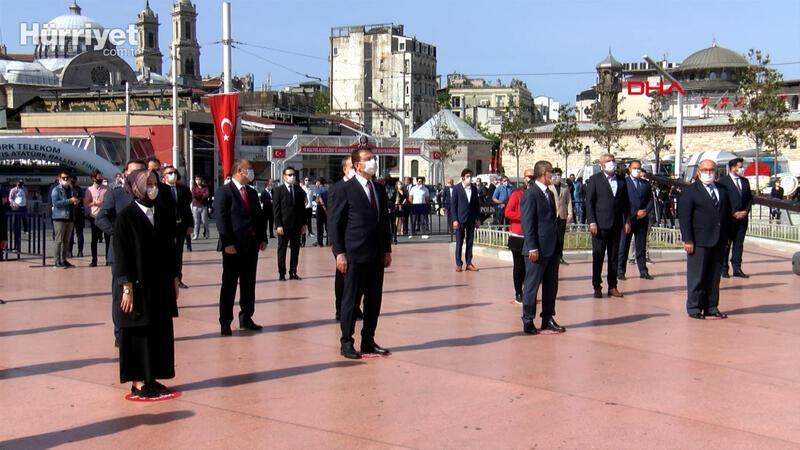 Taksim Cumhuriyet Anıtı'nda 19 mayıs töreni