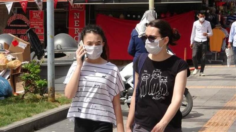 Prof. Dr. Levent Yamanel: En iyi ihtimal 2021'in başına kadar maske takacağız