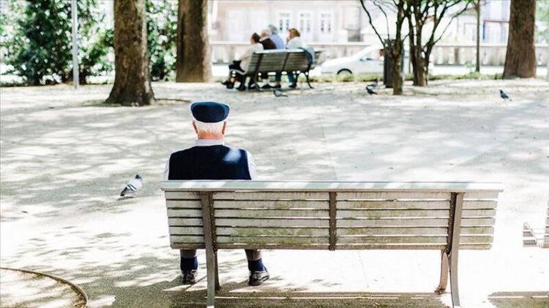 Son dakika haberler... İçişleri Bakanlığı'ndan 65 yaş üstüne seyahat izni açıklaması