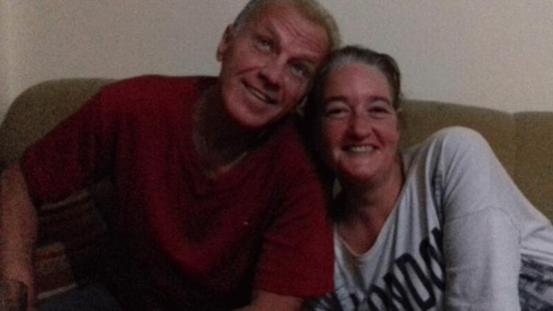 Yabancı uyruklu iki sevgili evlerinde ölü bulundu! Geriye bırakılan not kaldı...