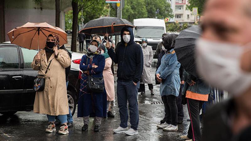 Ramazan Bayramı'na iki gün kala vatandaşlar kaymakamlıklara gelmeye devam etti
