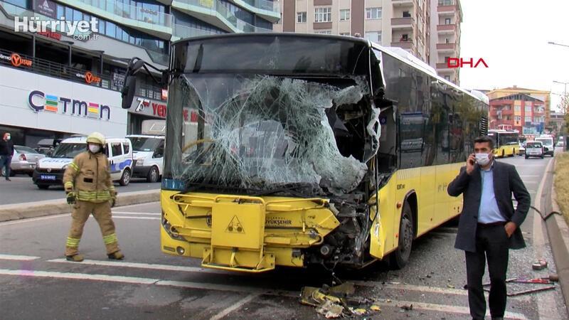 Pendik'te iett otobüsü sulama aracına çarptı 7 yaralı