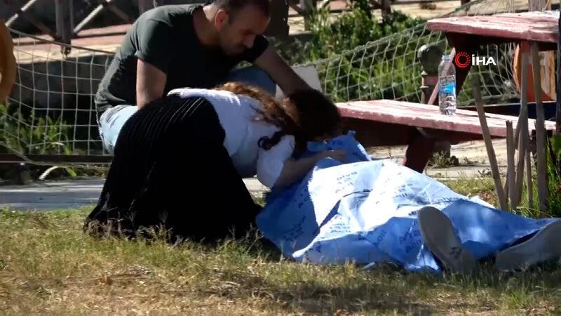 Antalya'da izinde sokağa çıkan yaşlı adam rahatsızlanarak parkta öldü