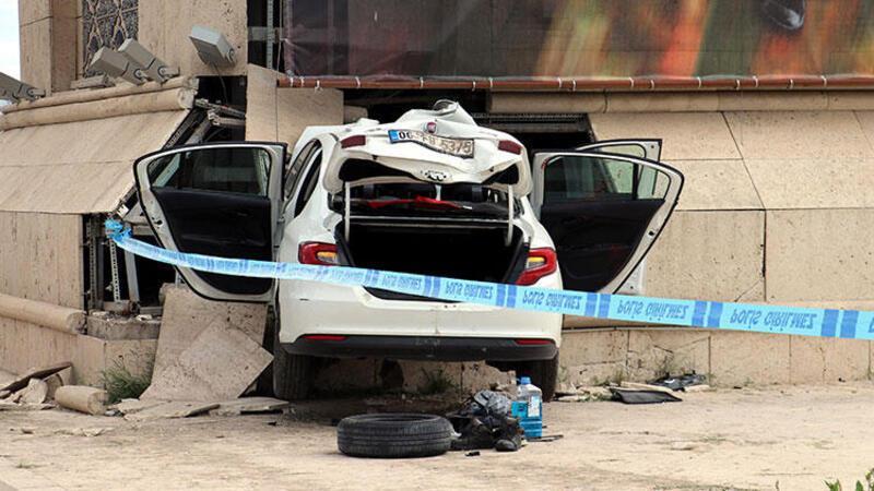 Polisten kaçarken kaza yaparak yaşamını yitirdi