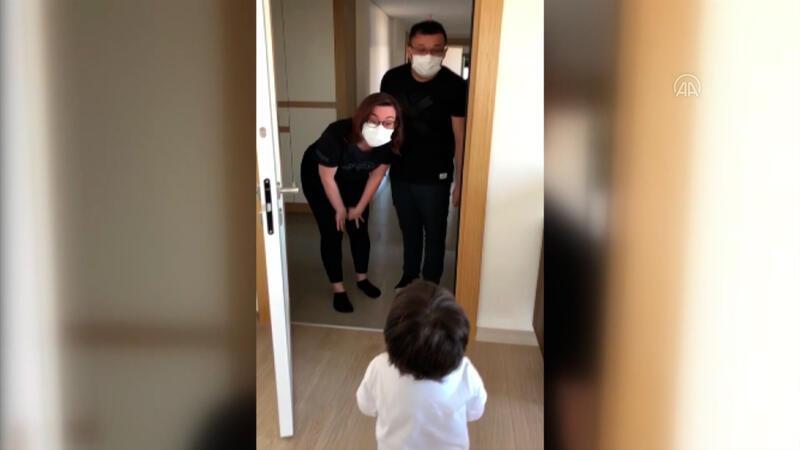 70 gün sonra çocuklarıyla kavuşan doktor çift, izleyenlere duygusal anlar yaşattı