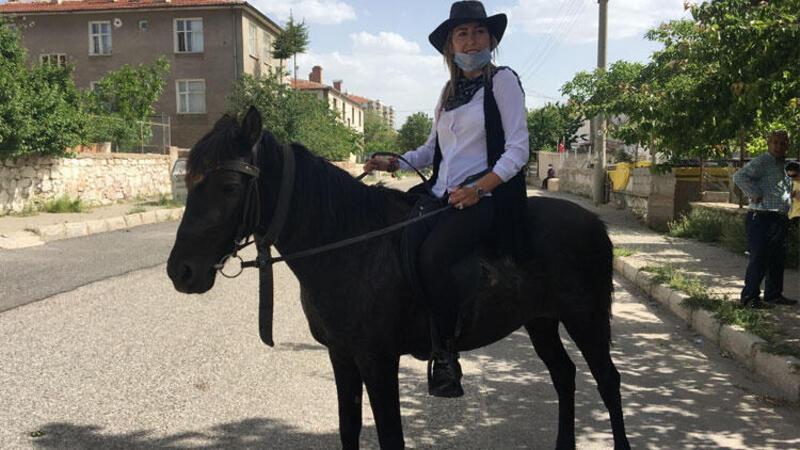 Niğde'de kovboy muhtarın atını öldürdüler