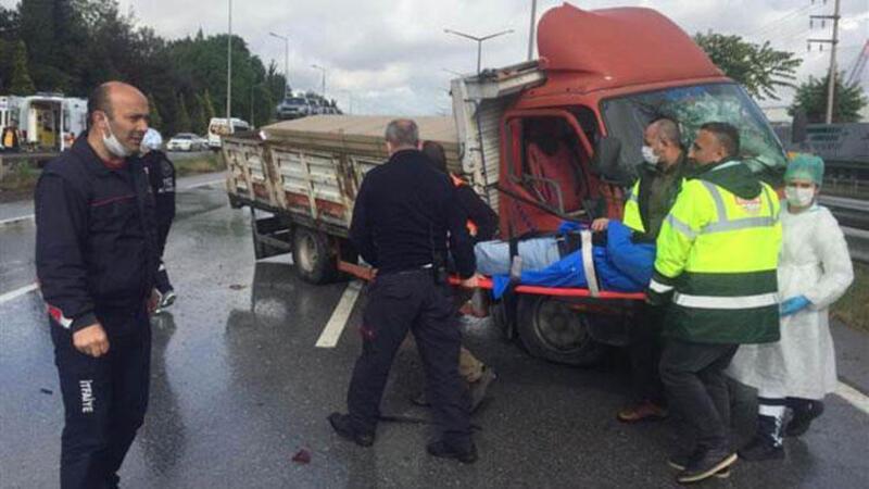 D100'de zincirleme trafik kazası