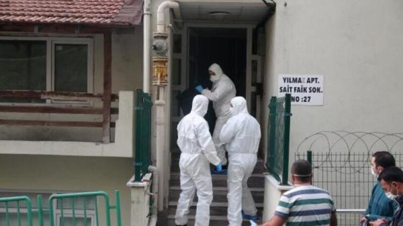 Apartmana koku yayılınca öldüğü anlaşıldı