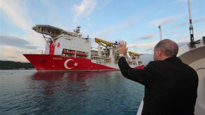 Cumhurbaşkanı Erdoğan, Fatih sondaj gemisini Karadeniz'e uğurladı