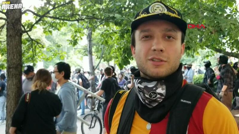 George Floyd protestolarına Galatasaray formasıyla katılan Türk genci dikkat çekti