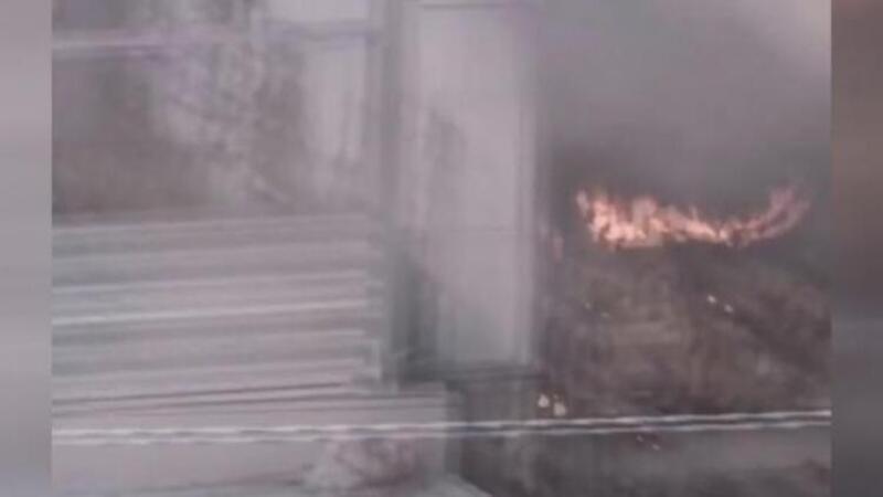 Bakırköy Marmaray Durağı'nda çıkan yangın seferleri aksattı