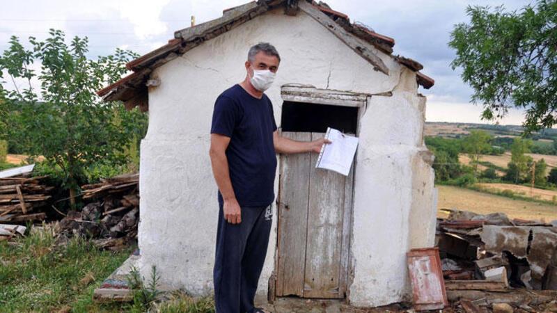 Tekirdağ Malkara'da belediye, köy evininin tuvaletini mühürledi