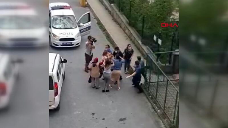 Arnavutköy'de iki kız kardeş annelerini alıkoymakla suçladıkları şüpheliye saldırdı