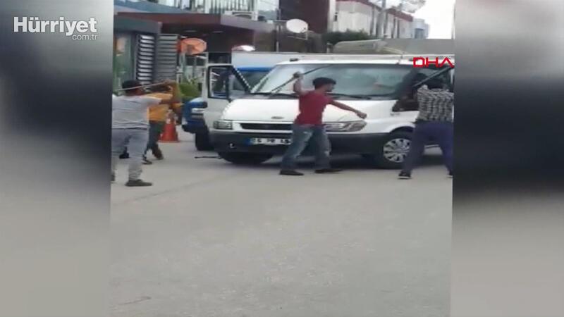 Bursa'da, levye ve satırlı kavga böyle görüntülendi