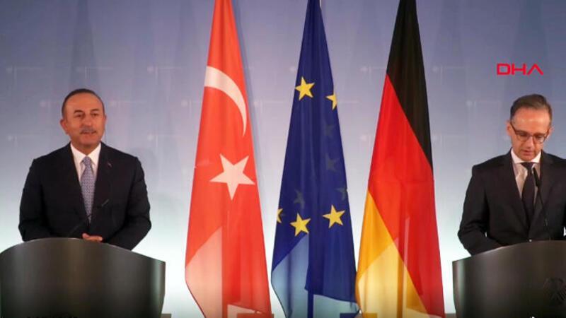 Bakan Çavuşoğlu: Fransa'nın bizden özür dilemesi gerekir