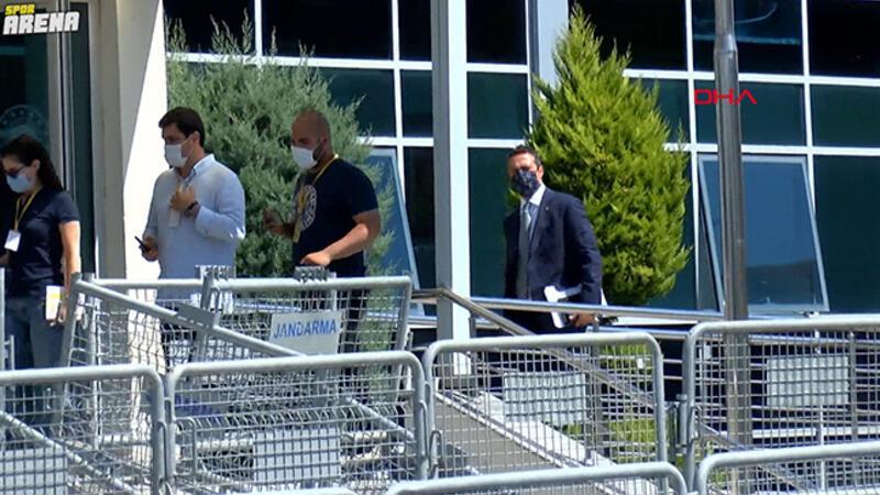 Fenerbahçe Kulübü Başkanı Ali Koç, müşteki sıfatıyla Silivri'ye geldi.