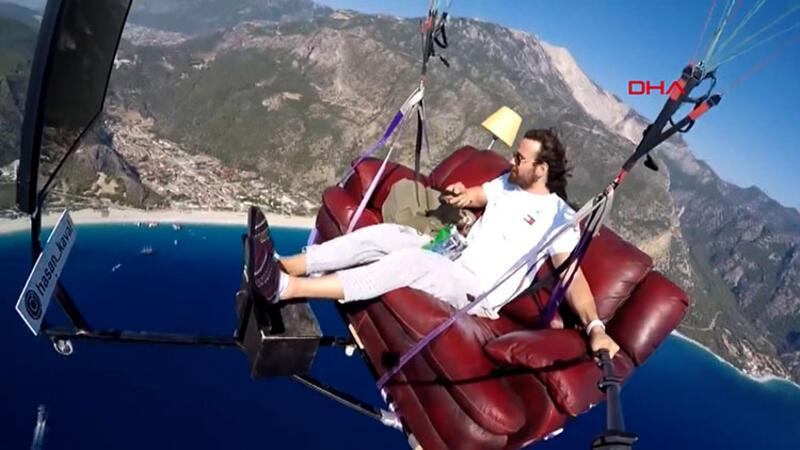 Bu kadarına da pes! 1700 metre yükseklikte TV keyfi