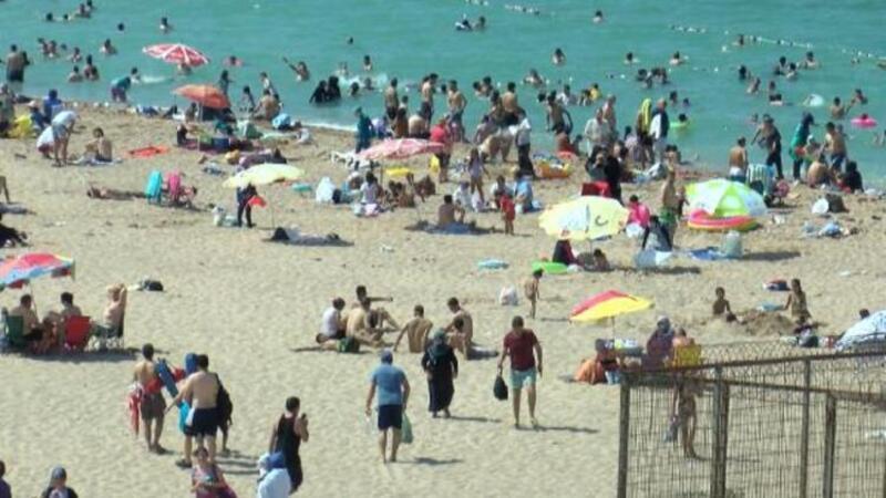 İstanbullular sahillere ve plajlara akın etti