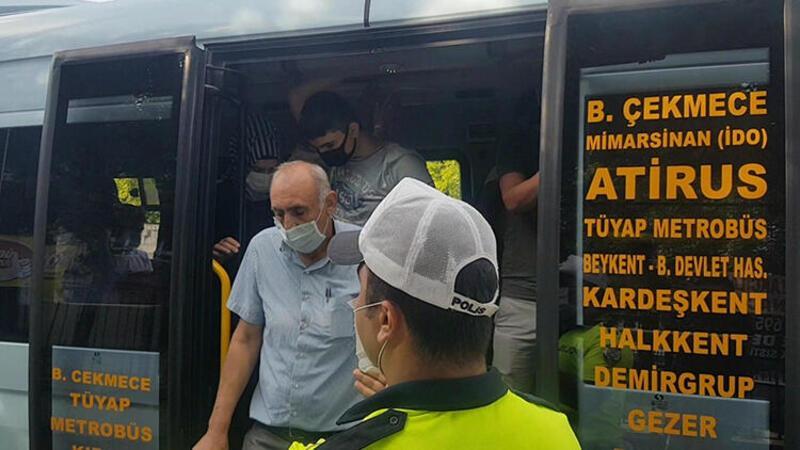 Yine aynı görüntü... Esenyurt'ta minibüsten 35 yolcu çıktı