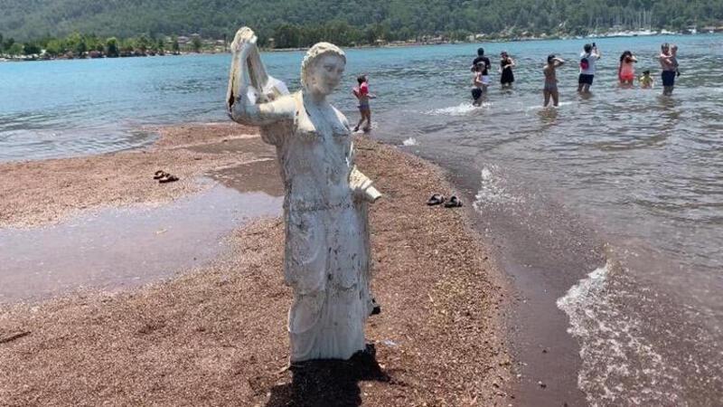 Kızkumu'nda bulunan prenses heykeli 'askılık' olmaktan kurtuldu