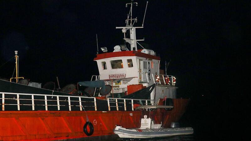 Son dakika: İzmir'de bir gemide 276 sığınmacı yakalandı