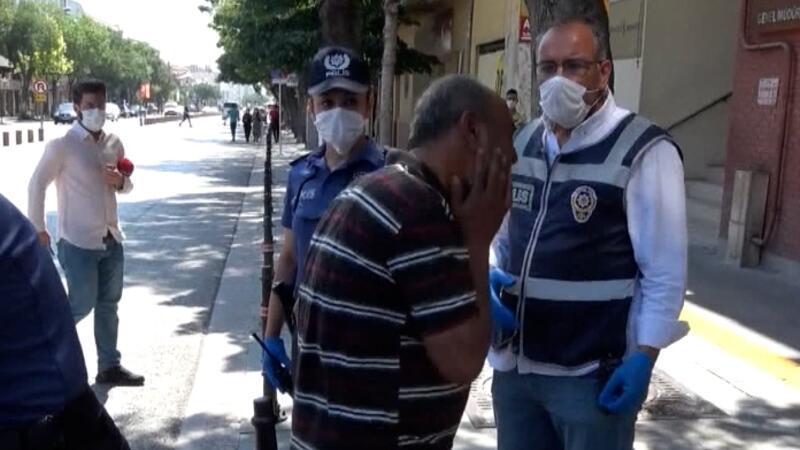 Maskesiz polise yakalandı, ceza kesilince kendisini tokatladı