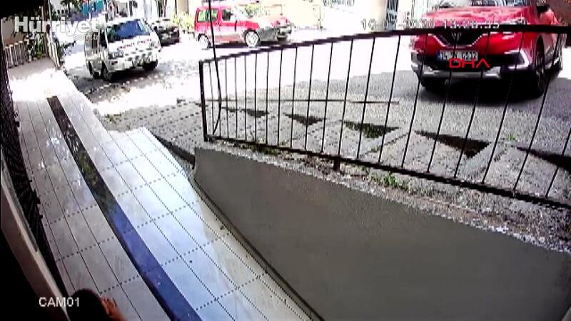 Gaziosmanpaşa'da çocukların ölümden döndüğü kaza kamerada