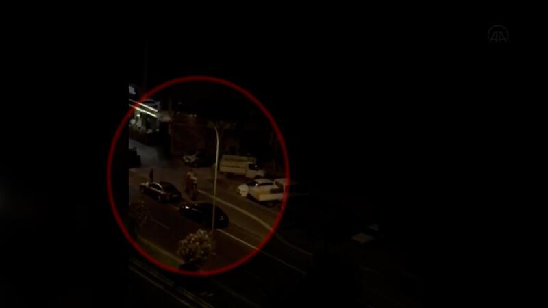 Kahramanmaraş'ta bir kadının sokakta darbedilmesi kamerada