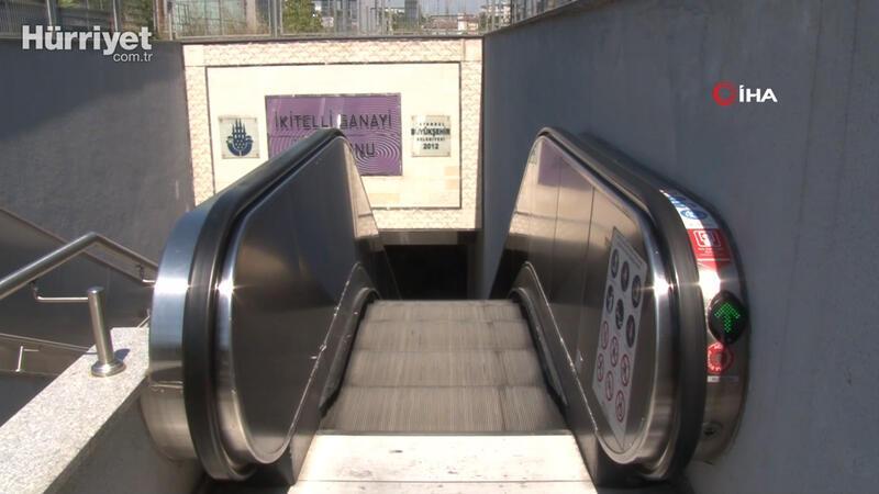 Metro istasyonunun yürüyen merdivenine binen kadın dehşeti yaşadı