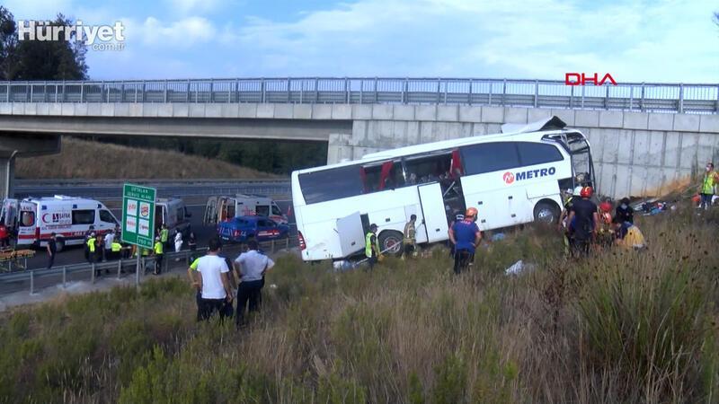 İstanbul'da otobüs kazası 5 ölü, 25 yaralı