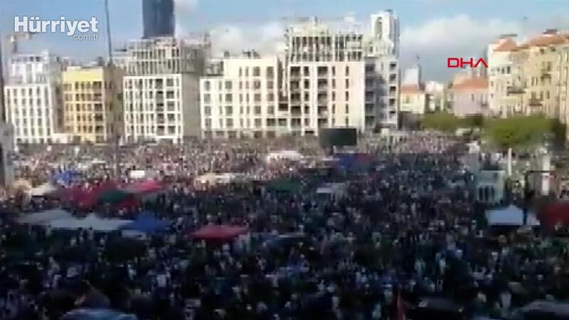 Beyrut'ta tarihi patlamanın ardından protestolar sürüyor